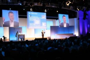 Hire Multiscreen Projection, Softedge,